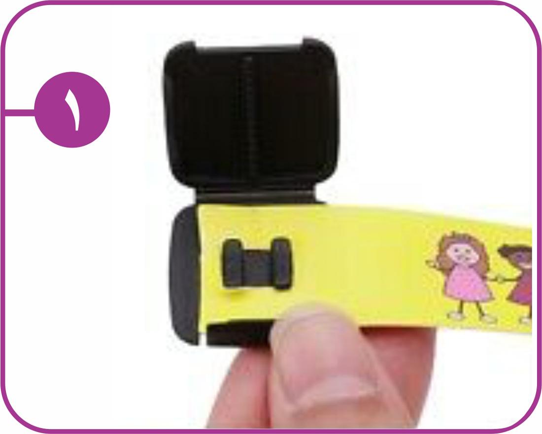 روش استفاده دستبند شناسایی کودک 1